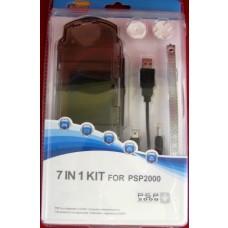 SET 7 IN 1 PER PSP 2000 CAVO  CASE  BOTTONI  LACCI